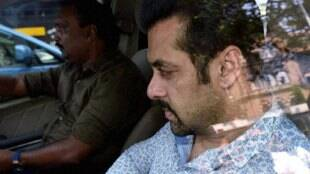 सलमान खान, सलमान खान हिट एंड रन केस, सलमान खान हिट एंड रन, हिट एंड रन, हिट एंड रन केस, हिट एंड रन में, Salman Khan, Hit And Run Case, Salman Khan Verdict, Salman Khan Hearing, Salman Khan Hit And Run Case, Bombay High Court, Salman Get Bail, Hit And Run Case 2002, Salman Khan News