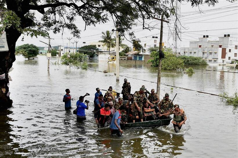 mathura, flood, threat, indian army, navy, ready for help