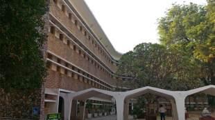 Sangeet Natak Akademi, Shekhar Sen, Language, identity, delhi