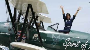 Female pilot, Tracey Curtis-Taylor, Sydney, Britain, 1942 aircraft, Tracey Curtis-Taylor photos, 27000 km journey