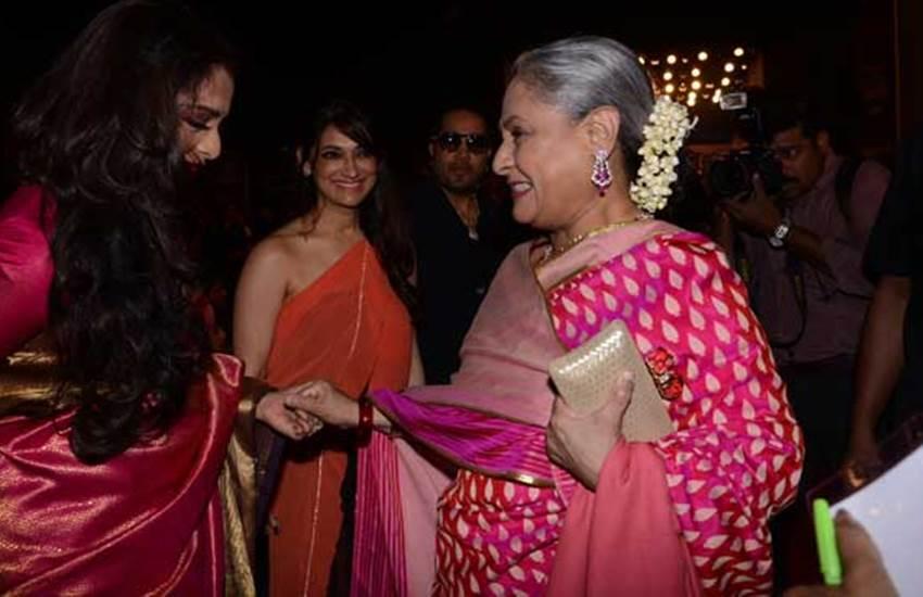 rekha and jaya bachchan, Screen Awards 2, Aishwarya Rai, Rekha, Rekha maa, Jazbaa, Stardust Awards 2016, Amitabh Bachchan, अमिताभ बच्चन, रेखा, एश्वर्या राय, एश्वर्या राय बच्चन, ऐश्वर्या राय, रेखा मां, एश्वर्या मां, स्टार डस्ट अवॉर्ड, latest bollywood news, bollywood news in hindi, hindi news