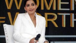 Sonam Kapoor,Molestation,सोनम कपूर,राधिका आप्टे,मोलेस्टेशन,तापसी पन्नू,Taapsee Pannu, bollywood news in hindi