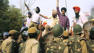 Sikhs, effigies, Kejriwal, Jagdish Tytler, National news, sikhs community