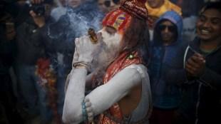addiction, village, city, generation, harms, effects, jansatta, duniya mere aage