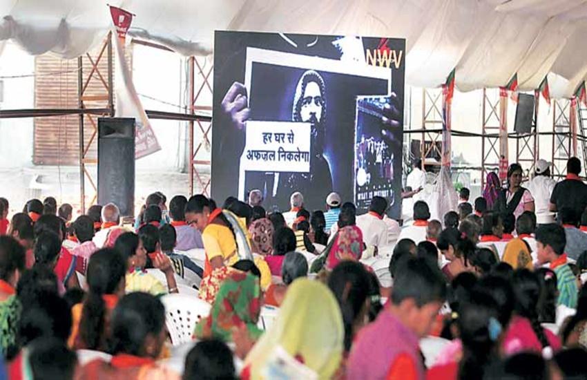 Anandiben patel, gandhinagar, kisan rallies, Umar Khalid, Umar Khalid video, Afzal guru, Afzal guru video, Afzal guru protest video, Anandiben Patel, JNU sedition, BJP, farmers, Gujarat, farmers Gujarat, Gujarat news