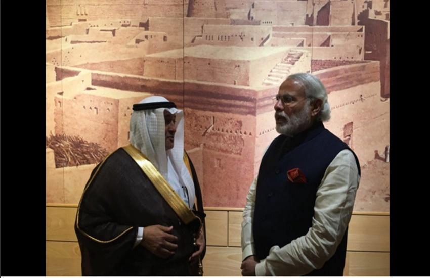 narendra modi visits the Masmak Fortress, modi in Masmak Fortress, Masmak Fortress riyadh, modi in riyadh, saudi arabia Masmak Fortress