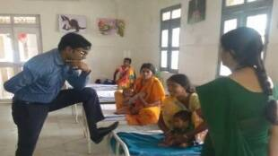 Jagdish Sonkar, chattisgarh news, IAS officer photo viral, Viral picture, IAS officers, bureaucrats, SDM pic viral, chhattisgarh IAS officer, IAS jagdish sonkar