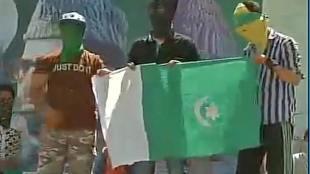 Pakistan,Pak Flag,Green Flag,Islamic Flag,Separatist, Hurriyat Conference,Mirwaiz Umar Farooq,Mirwaiz Maulvi Farooq,Awami Action Committee,Hizbul Mujahidee,Mohammad Abdullah Bangroo