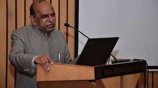 Literature , politics and commitment, jansatta article