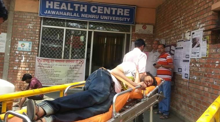 JNU में छात्रों की भूख हड़ताल: कन्हैया कुमार की तबीयत बिगड़ी, अस्पताल में भर्ती किए गए