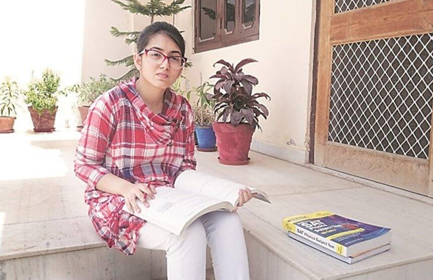 मोदी के PM बनते ही PAK से भारत आ गया था परिवार, अब मुश्किल में है लड़की का सपना