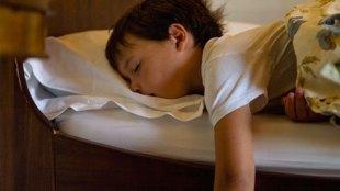 parants, bed wet, child, lifestyle news, पेरेंट्स,गीला बिस्तर,बच्चा,नींद