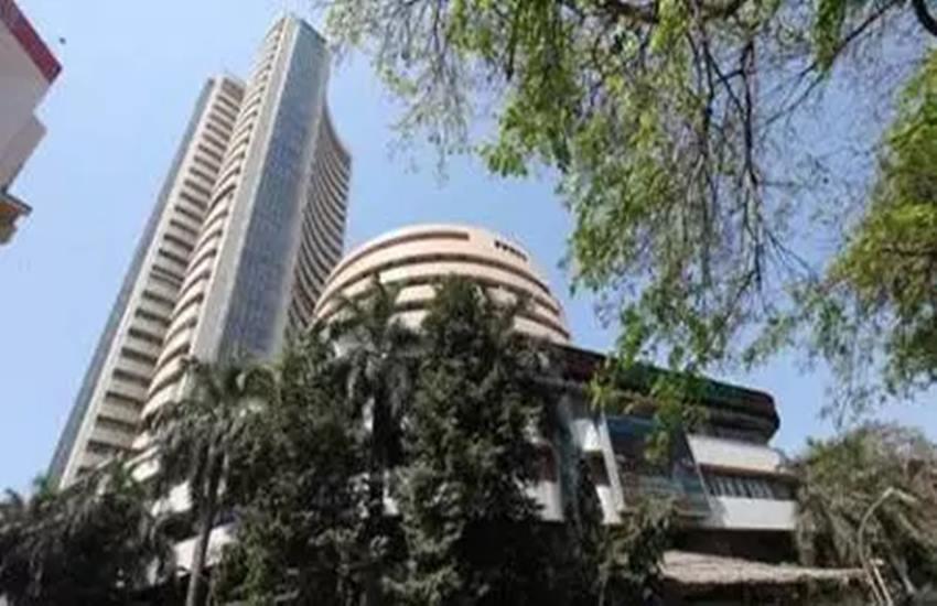 Sensex, Nifty, Sensex Down, Nifty Down, Sensex Down 152 Points, Nifty Down 42 Points, Early Trade, Sensex update, Nifty Update, Sensex today, Nifty today, business news