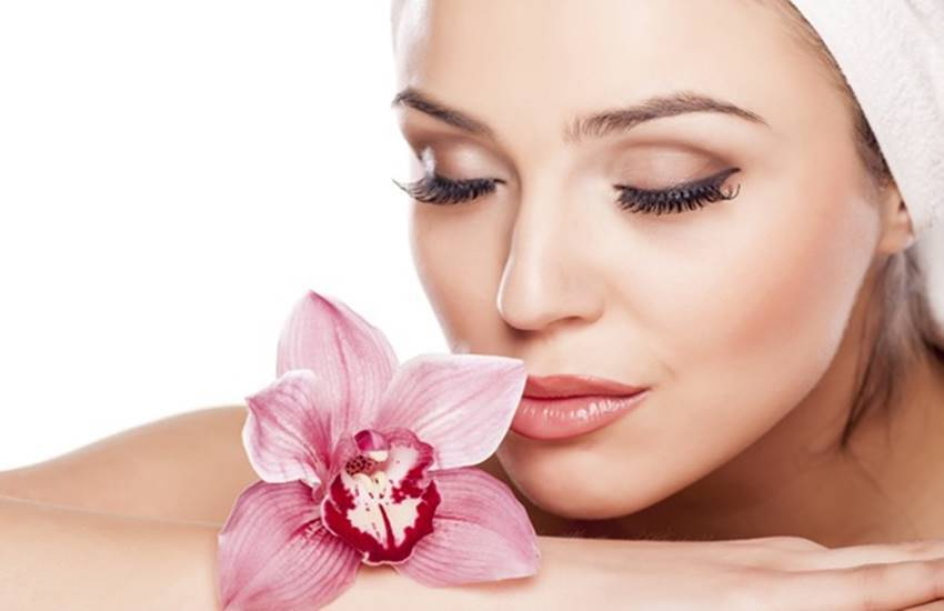 lips care tips in hindi, lip care tips at home in winters, lips care homemade tips, lips care homemade tips for winters, lips care treatment in hindi, lips care during winter, almond oil for lips, honey for chapped lips, toamto, tomato for lips, milk for lips, beetroots for lips, lifestyle news in hindi, jansatta