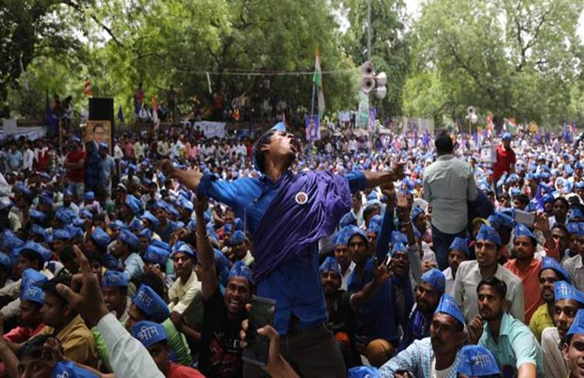 Bhim Army, Bhim Sena, Bhim Sena Activists, God and Goddesses, Hindu God and Goddesses, Insulting Hindu God and Goddesses, Sena Activists Arrested, Two Bhim Sena Activists Arrested, Activists Arrested in Muzaffarnagar, State news