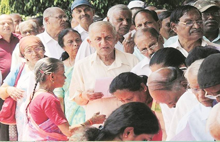 depression, depression in old aged, loneliness of aged people, cause of depression in aged people, loneliness, national news in hindi, international news in hindi, political news in hindi, economy, india news in hindi, world news in hindi, jansatta editorial, jansatta article, hindi news, jansatta