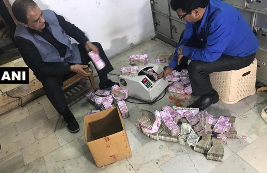 Chandni Chowk Hawala Racket, demonetisation, benami lockers, Rajhans Mills, benami lockers basement, Income Tax Department, IT department, Kolkata, Bada Bazar Kolkata, Traders, Delhi, New Delhi