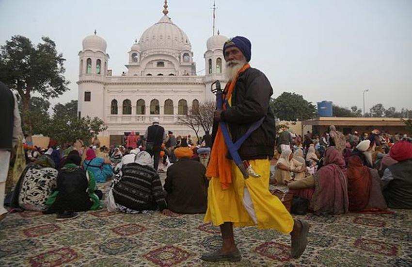 International news,Kartarpur Corridor,Pakistan,Jamiat Ulema i Islam F,Fazlur Rehman,Prime Minister Imran Khan,minority community,Pakistan Tehreek-i-Insaf, पाकिस्तान, करतारपुर कॉरिडोर, इमरान खान
