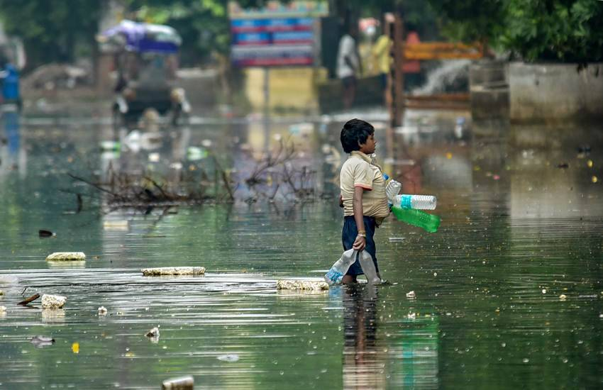 Bihar Floods, Floods in Bihar, Bihar, Floods, Excitement, Enjoyment, Durga Puja, Durga Puja Mela, Bihar, Bhagalpur, Patna, Nitish Kumar, State News, India News, National News, Hindi News