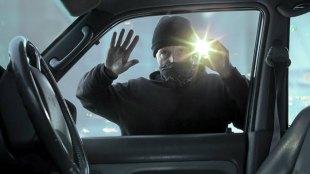 Driving During Lockdown, Insurance Claim May Be Denied, Driving During Lockdown is not easy, Insuarance claim may be rejected in lockdown, car Insurance, Cholamandalam,