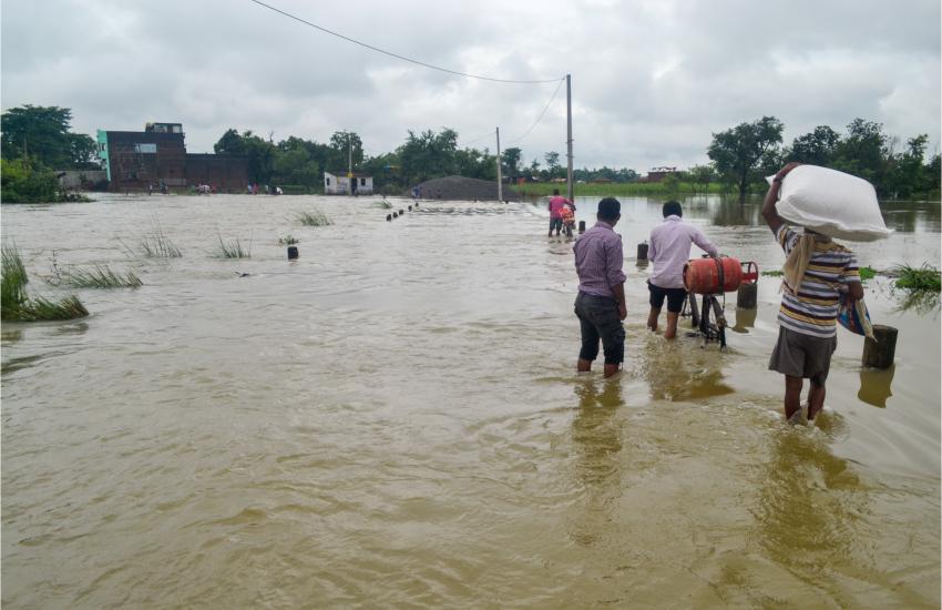 Floods, Floods in UP, Uttar Pradesh, 14 Districts, Water
