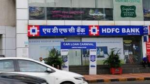 RBI, HDFC Bank. credit cards