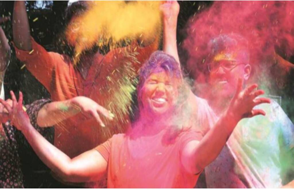 holi 2021, tips to remove colour from clothes, remove color