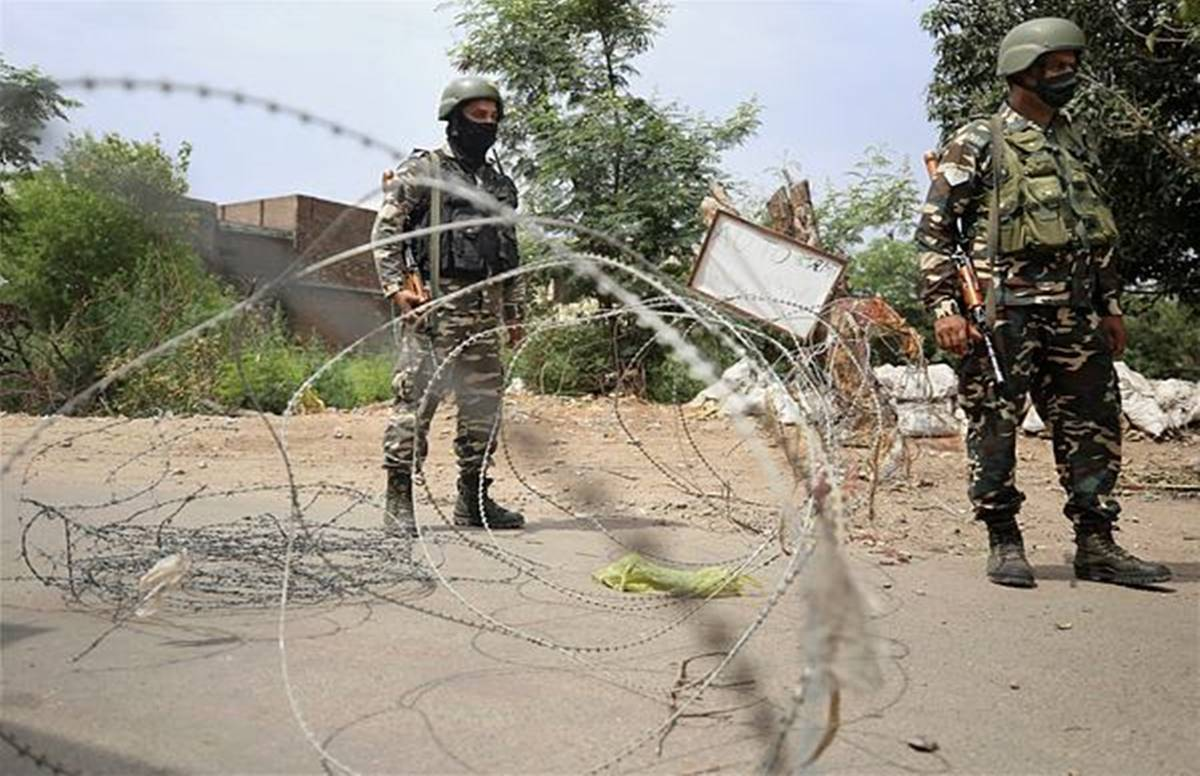 On 'Target Killing' in Kashmir, NC Spokesperson said – Why was the headline not made on the death of Muslims, Kashmiri activist said – Our government is busy in dancing and singing Why the headline was not made on the death of the Kashmiri activist said