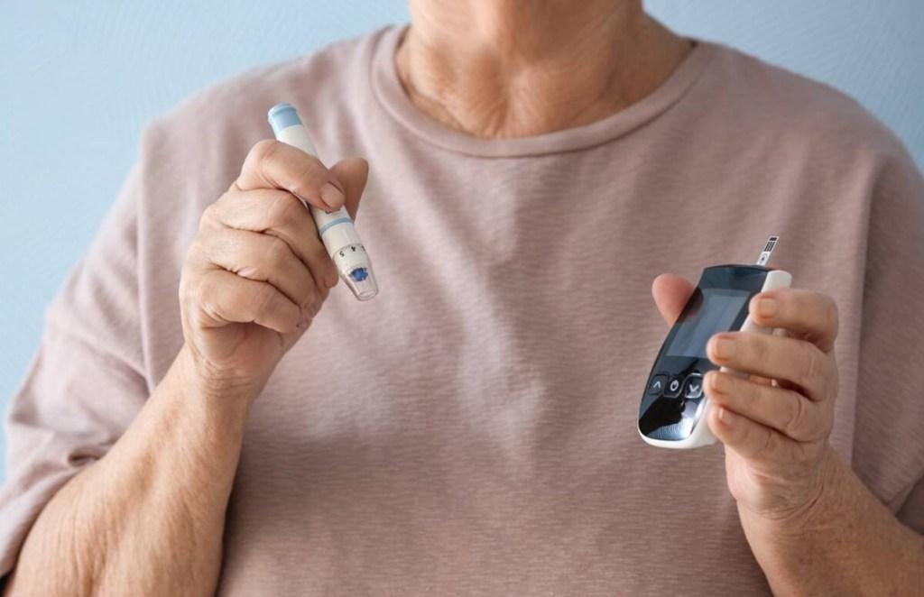 high blood sugar, low blood sugar, blood sugar range, diabetes