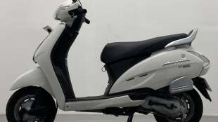 Second hand Honda Activa scooter in 24 thousand rupees with 12 months warranty and 7 days cash back guarantee