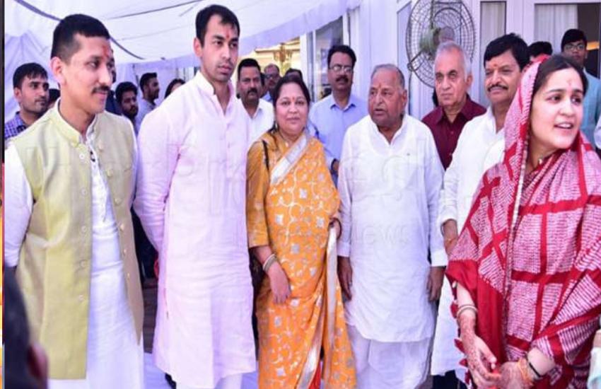 , Akhilesh Yadav, Sadhna Gupta, Mulayam Singh yadav