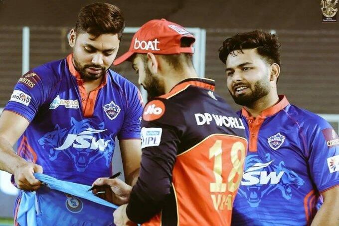Avesh Khan Virat Kohli Rishabh Pant IPL 2021