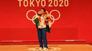 olympic-medal-winner-mirabai-chanu-wishes-to-eat-homecooked-food-by-mother-and-pizza-after-return-from-tokyo