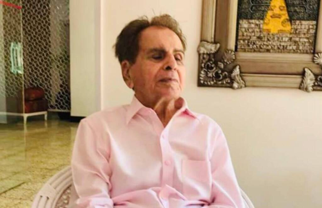 Dilip Kumar, Dilip Kumar Death at 98, Actor Dilip Kumar passed away, Dilip Kumar breathed his last at the age of 98
