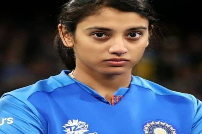 video-of-smriti-mandhana-with-teammates-throwing-champagne-gone-viral-with-harmanpreet-and-jhulan-goswami-also-spotted