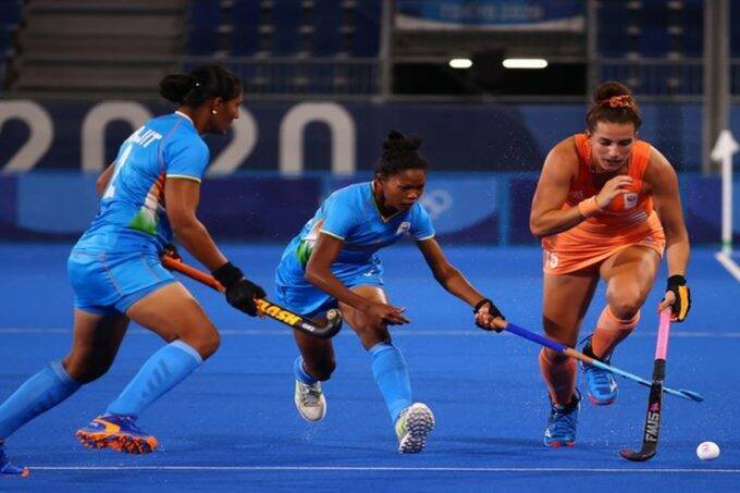 tokyo-olympics-indian-women-hockey-team-lost-to-england-as-men-hockey-team-started-with-victory