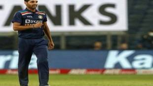 ind-vs-sl-bhuvneshwar-kumar-completed-50-t20-wickets-in-50th-match-levels-chahal-ashwin-and-bumrah