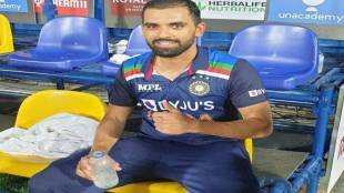 deepak-chahar-speaks-after-second-odi-against-srilanka-expressed-curiosity-for-batting-also-rahul-dravid-gave-post-match-speech