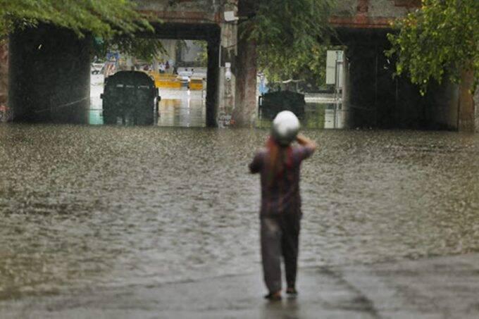 delhi, rain