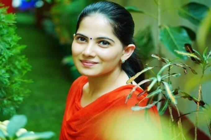 jaya kishori, jaya kishori age, jaya kishori husband name, jaya kishori fees, jaya kishori instagram,