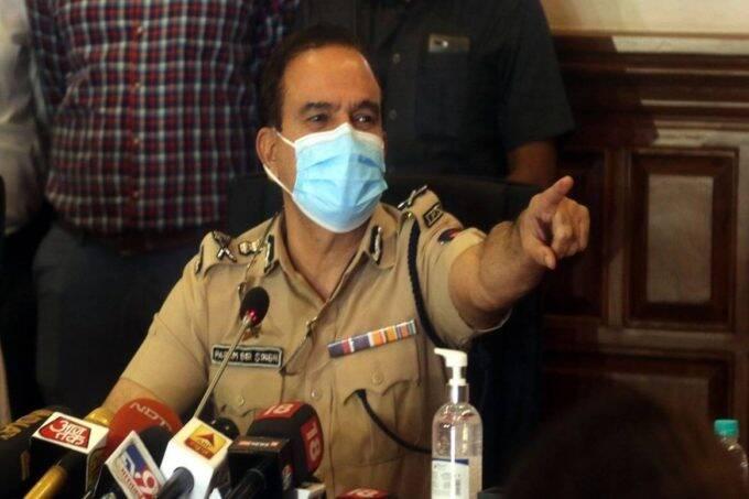 Ex-Mumbai top cop, Param Bir Singh, 8 booked for extortion, builder complaint, Marin Drive police