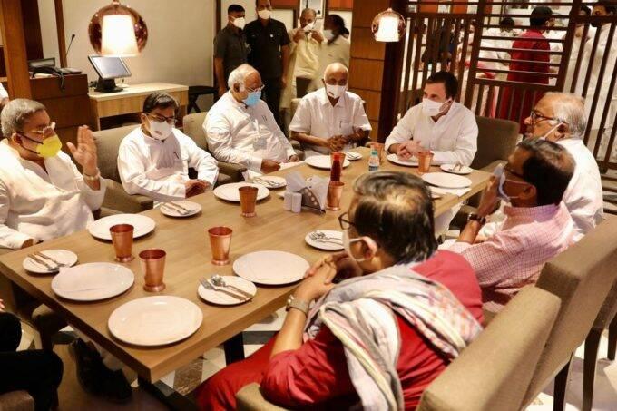 rahul gandhi breakfast meeting