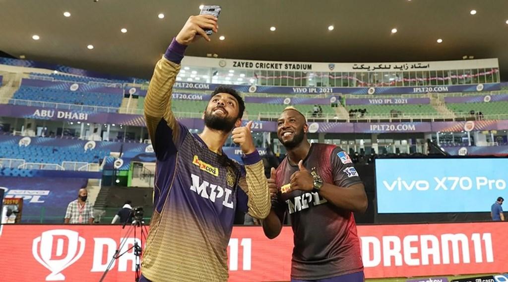 Andre Russell Varun Chakravarthy of Kolkata Knight Riders Indian Premier League 2021 Most Wickets Purple Cap1