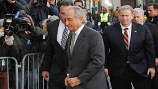Bernie Madoff ponzi scheme scam