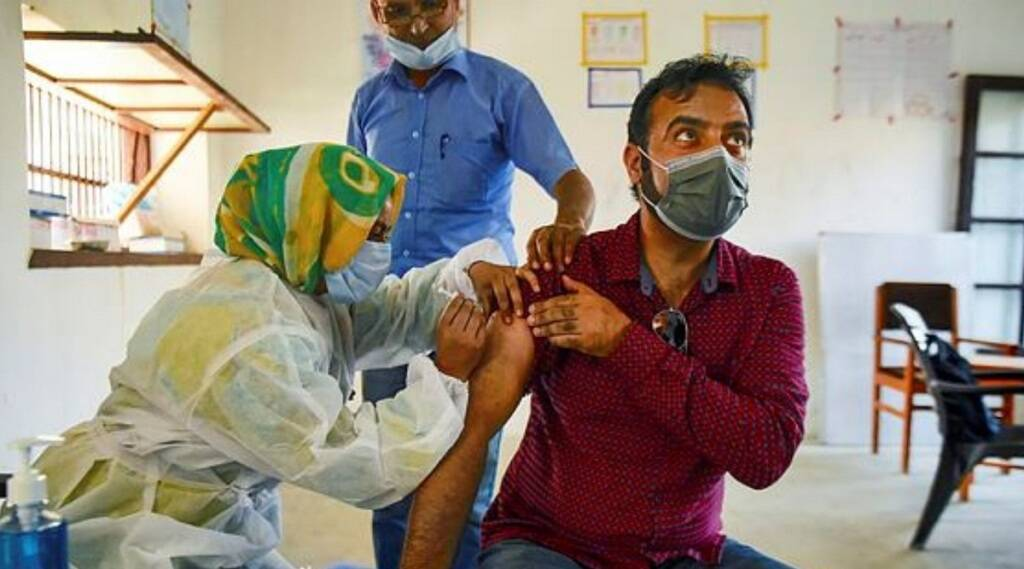 Corona Vaccine, Srinagar Vaccine, Coronna Tika, Corona Virus