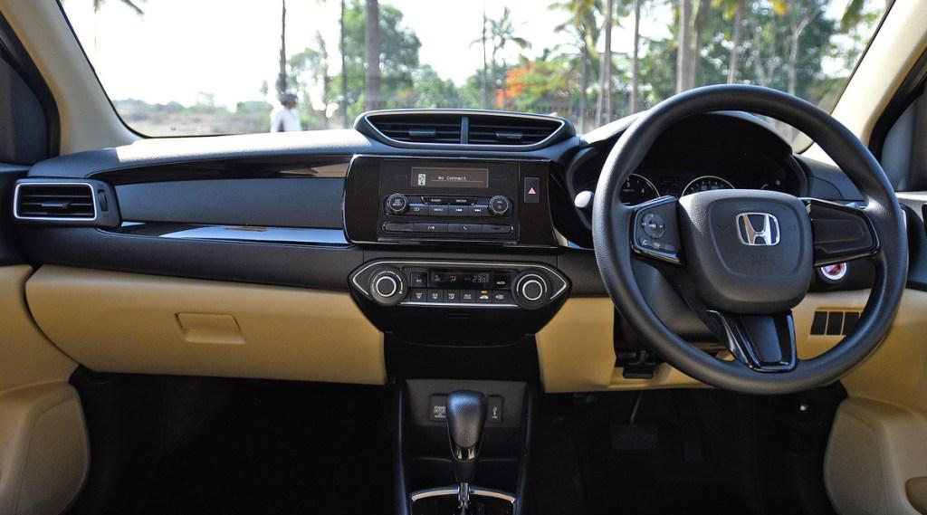 Honda Amaze sedan with discount
