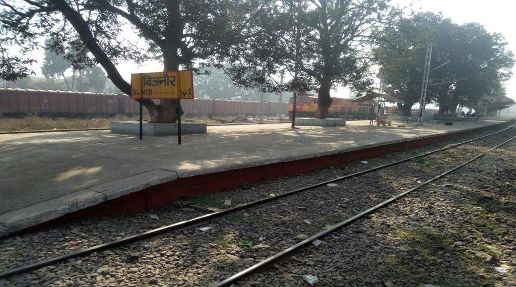 up-national-level-kho-kho-player-brutally-murdered-clothes-pulled-down-and-dead-body-strangled-with-injuries-found-on-railway-track
