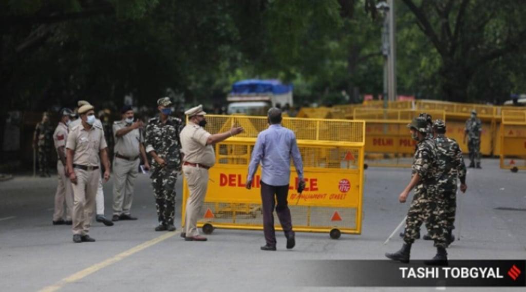 delhi police, delhi police arrested 6 terrorists, gajendra chauhan