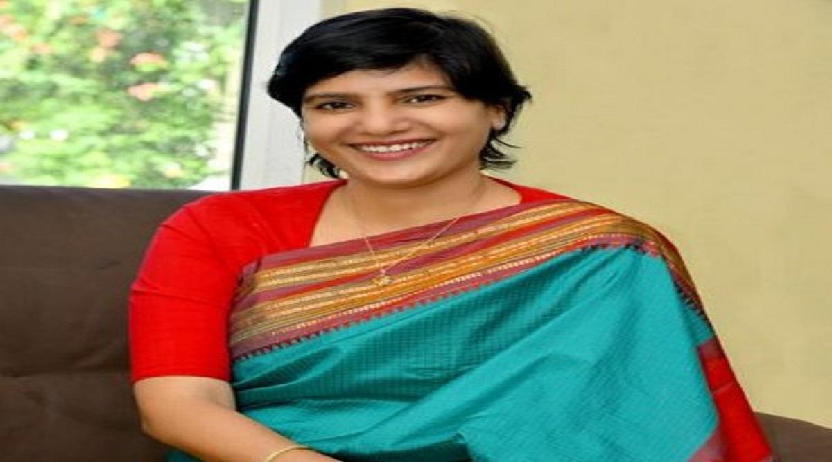 UPSC: IAS Hari Chandana Dasari education , success story, family, success tips