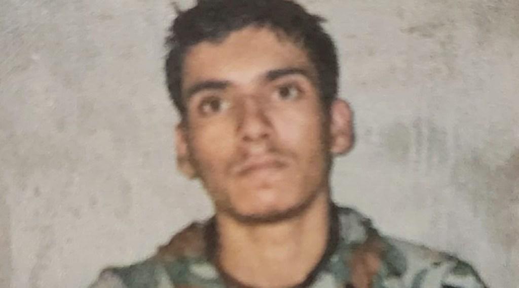 pakistan terrorist arrested by indian army, pak terrorist, indian army, uri sector, loc, kashmir